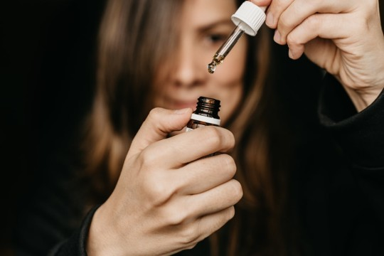 Stick to Your Resolution and Stay Away from Anxiety With CBD Oil
